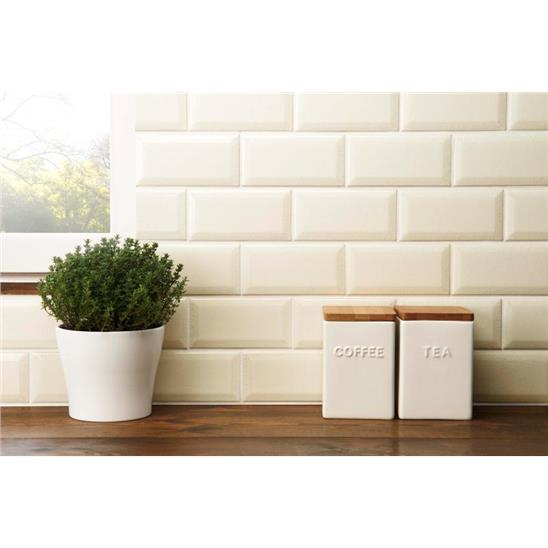 Colonial White (crackled) Metro Bevelled Tile