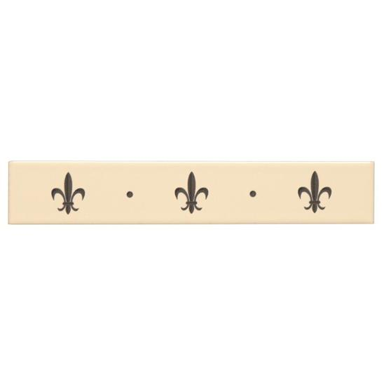 Fleur de Lis Border Platinum on Colonial White