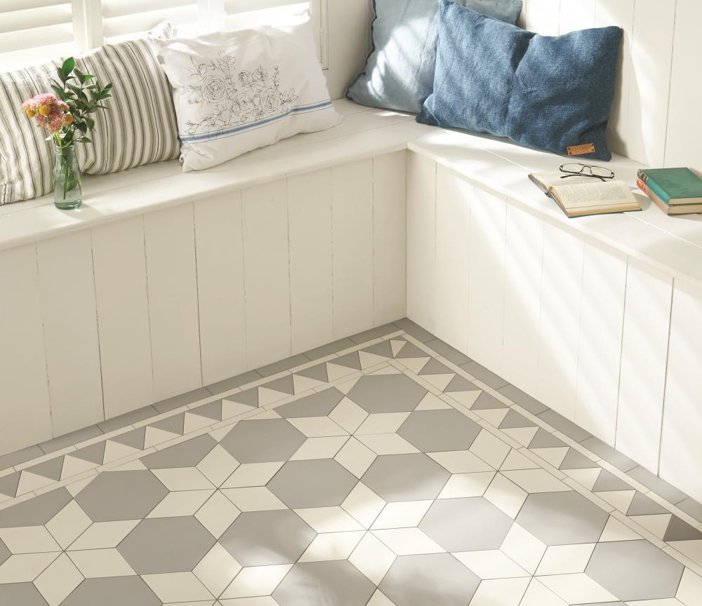 Large hexagon chester mews tile dailygadgetfo Choice Image
