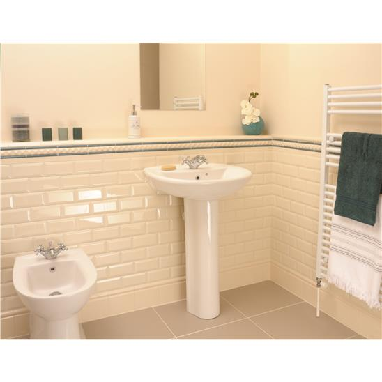 Colonial White Metro Bevelled Tile