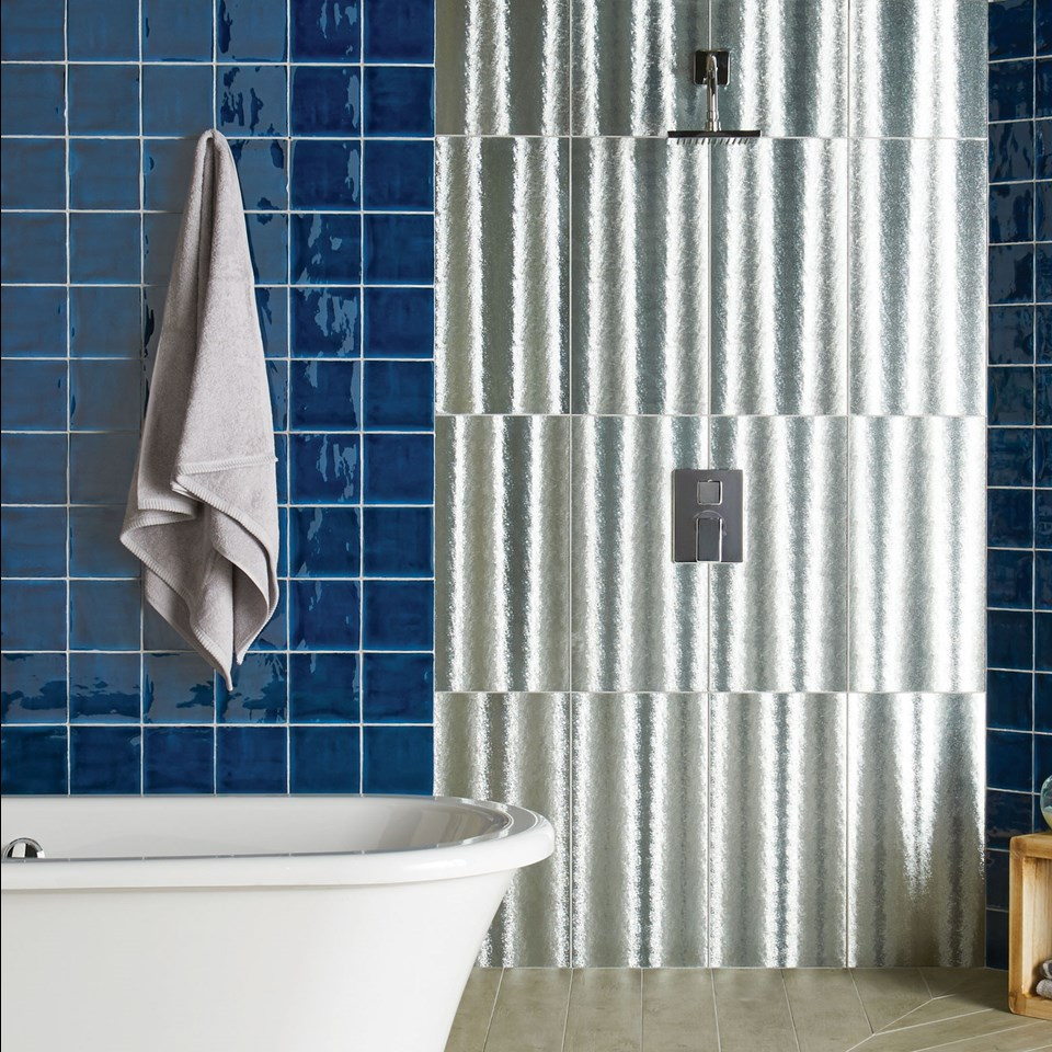 Contemporary & Modern Bathroom Tile Ideas