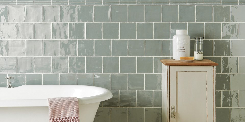 Bathroom tiles a guide to choosing bathroom tiles - Things to consider when choosing bathroom tiles ...