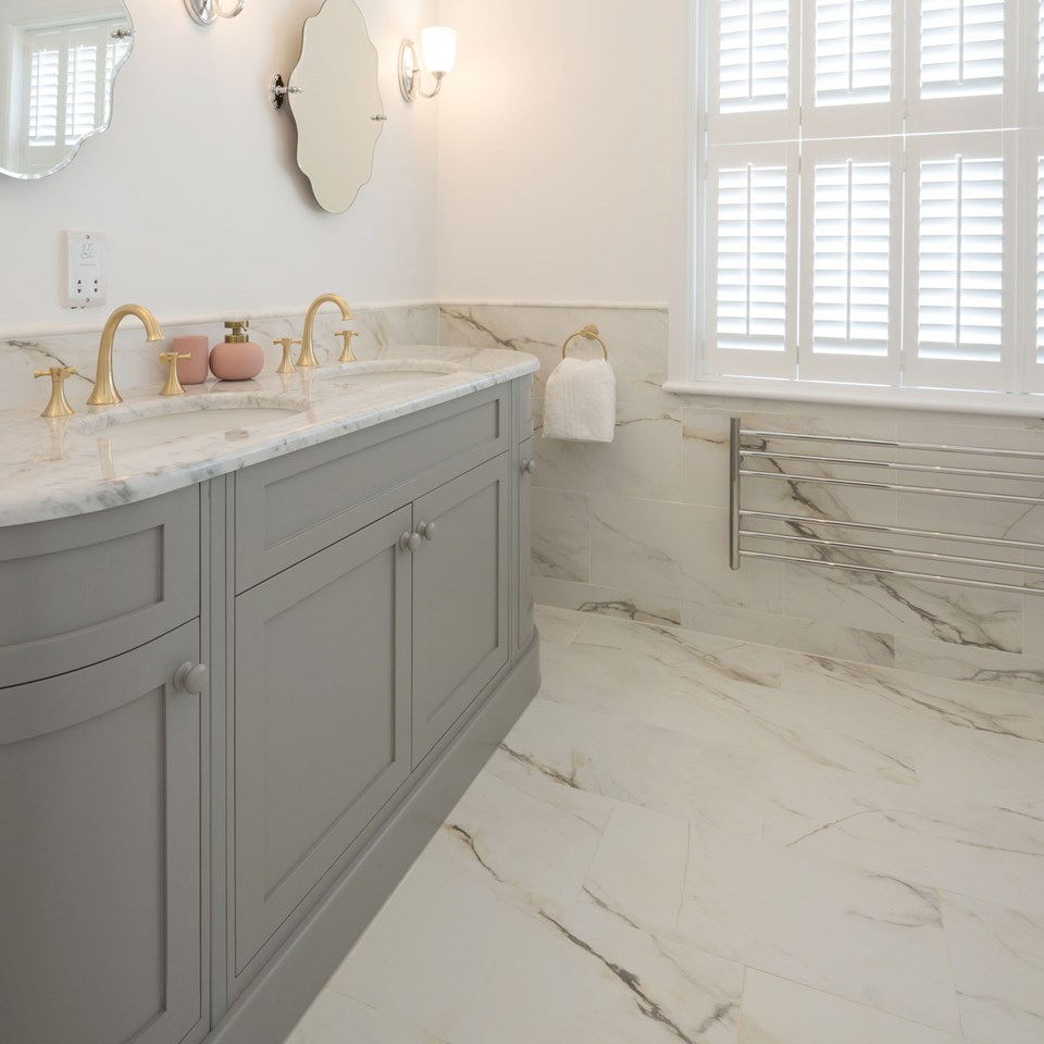 Glamour & Luxury Bathroom Tile Ideas