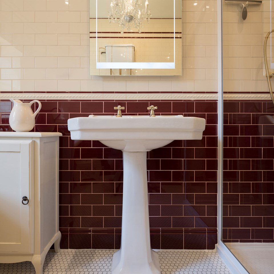 traditional classic bathroom tile ideas - Traditional Bathroom Tile Designs