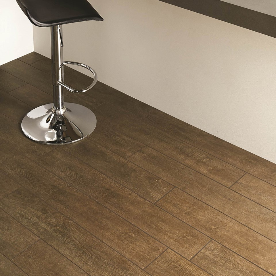 Your practical guide to wood effect floor tiles inspire me for busy kitchens doublecrazyfo Image collections