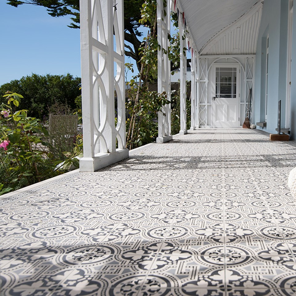 Inspire me a collection of inspirational tile projects floor tiles for every room in your house and outside spaces too dailygadgetfo Gallery