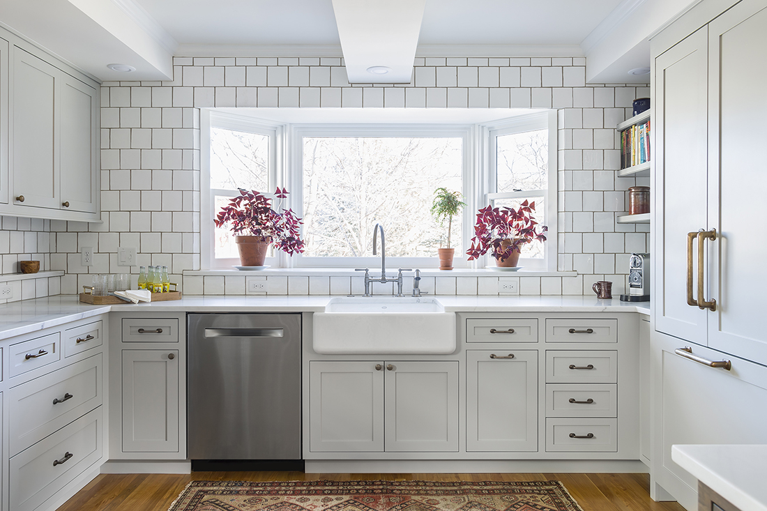 The Appeal Of Sheer Simplicity In Interior Design And Tiling