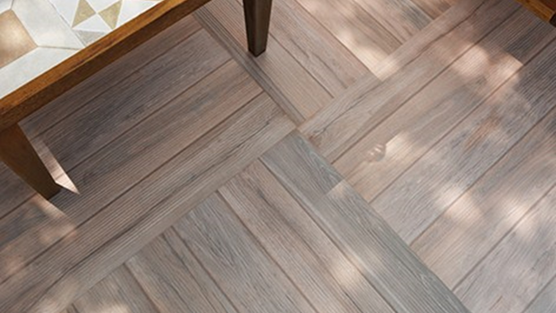 Wood effect tiles 10 reasons to choose wood effect tiles dailygadgetfo Choice Image